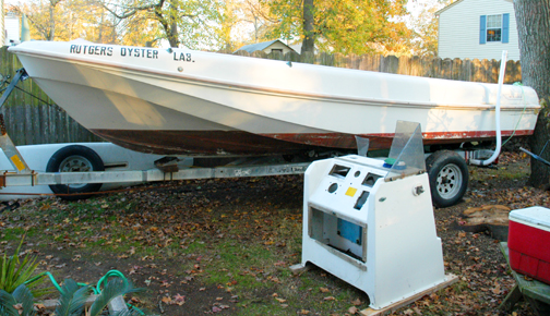 1973 Boston Whaler Outrage 19ft - restoration project